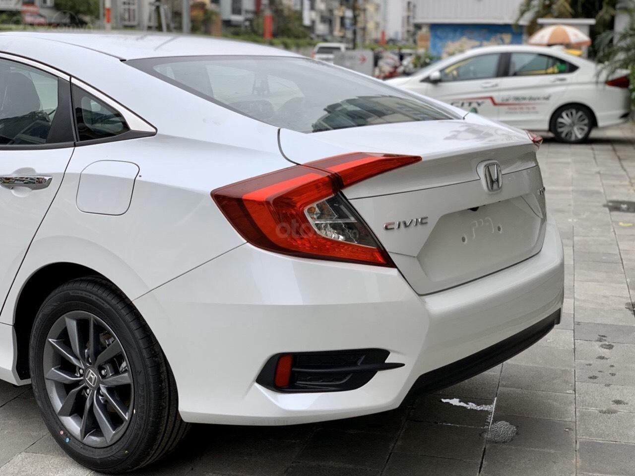 Siêu khuyến mãi Honda Civic 2020 nhập khẩu, khuyến mại 80 triệu tiền mặt, phụ kiện (2)