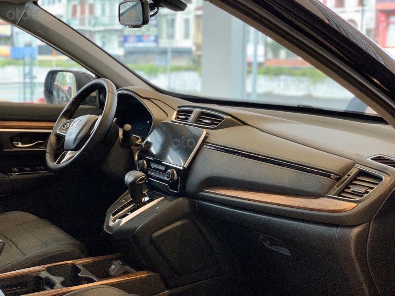 Siêu khuyến mãi Honda Civic 2020 nhập khẩu, khuyến mại 80 triệu tiền mặt, phụ kiện (4)