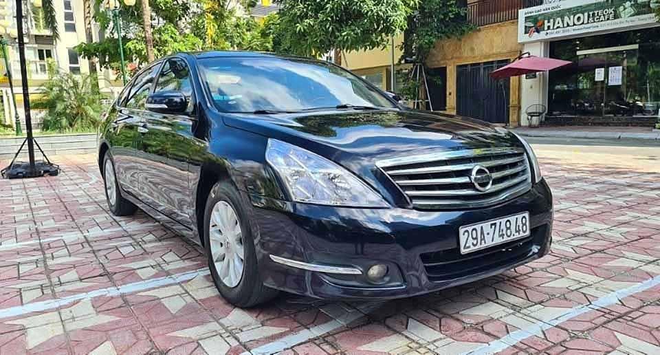 Cần bán lại xe Nissan Teana đời 2010, màu đen số tự động (1)