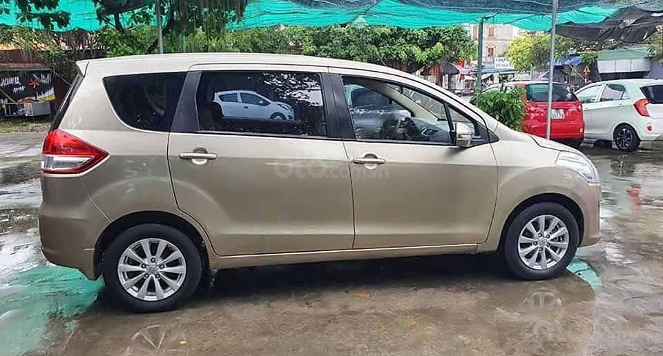 Bán xe Suzuki Ertiga năm 2014 màu ghi vàng, 358 triệu (1)