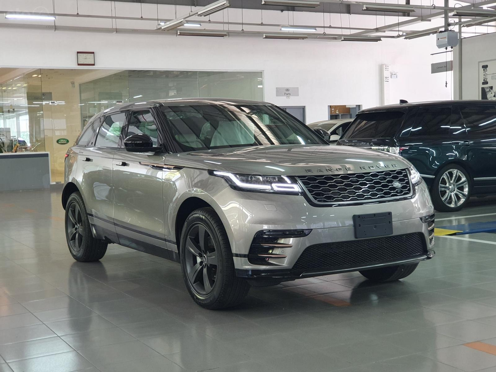 Sở hữu ngay Land Rover Range Rover Velar đời 2020 (3)