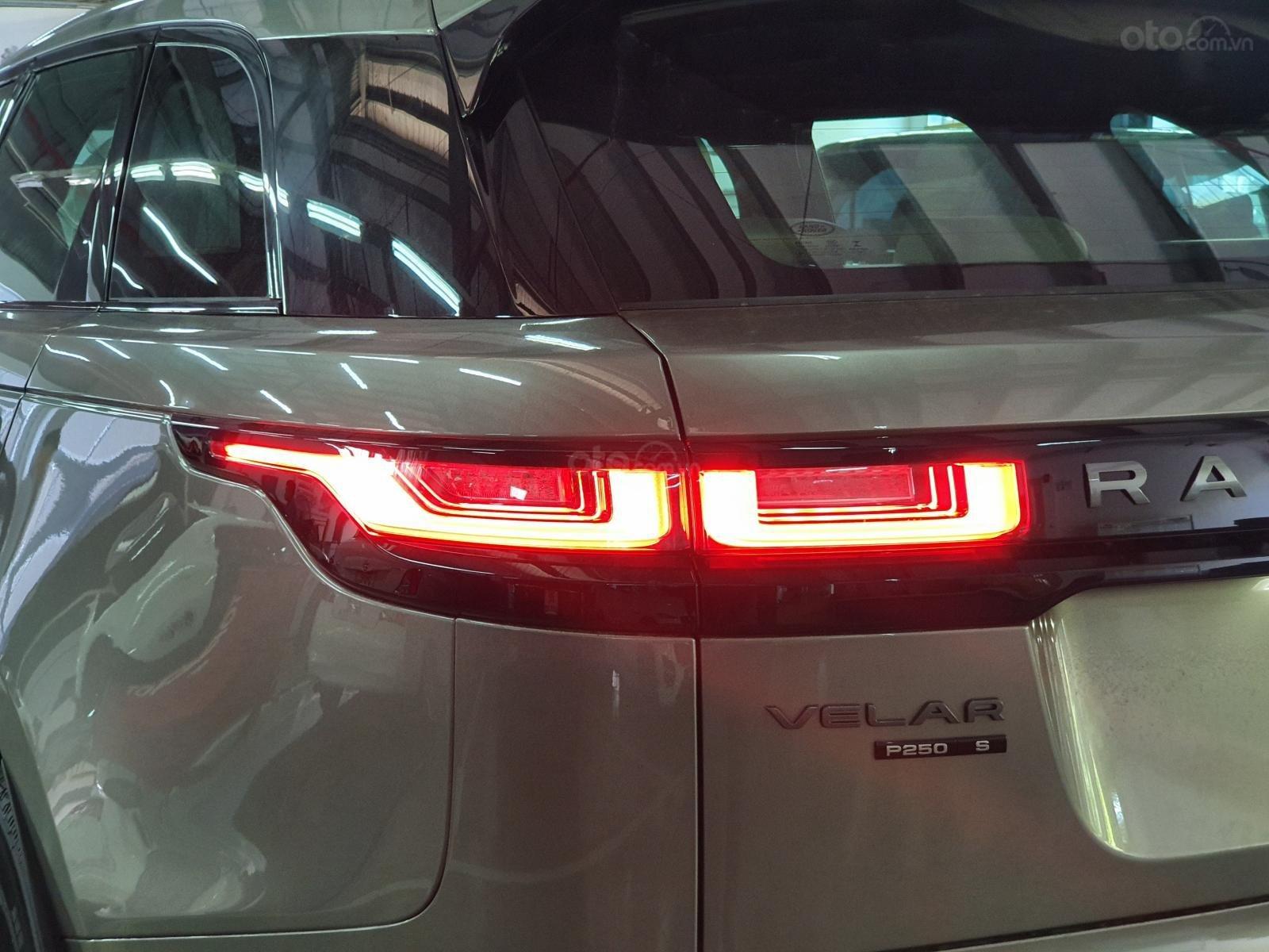 Sở hữu ngay Land Rover Range Rover Velar đời 2020 (12)