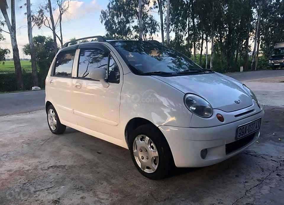 Cần bán Daewoo Matiz SE 0.8 MT năm sản xuất 2005, màu trắng còn mới, giá 54tr (1)