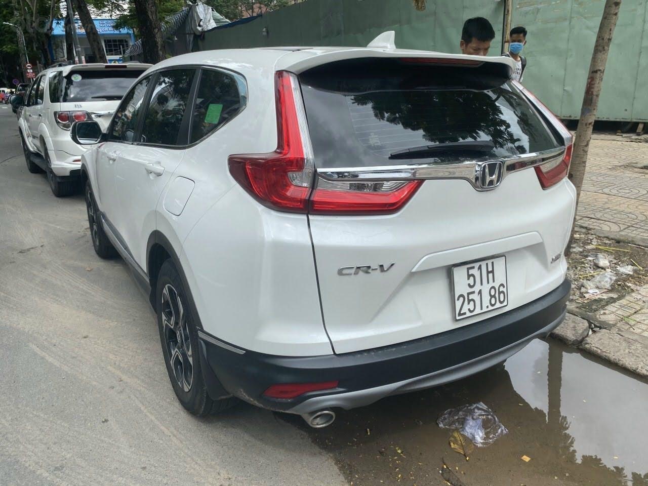 Cần bán Honda CR V 1.5E đăng kí 2020, giá 915 triệu còn TL (2)