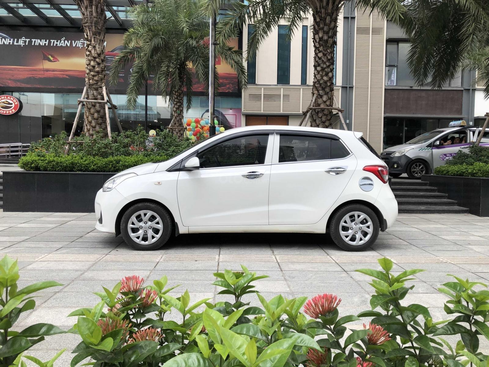Bán ô tô Hyundai Grand i10, đăng ký 2017, màu trắng xe nhập. Giá chỉ 265 triệu đồng (1)