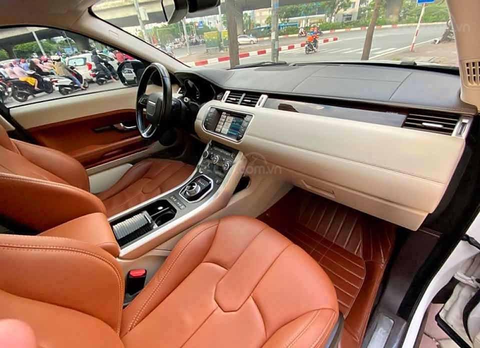 Cần bán lại xe LandRover Range Rover năm 2014, màu trắng, nhập khẩu còn mới (4)