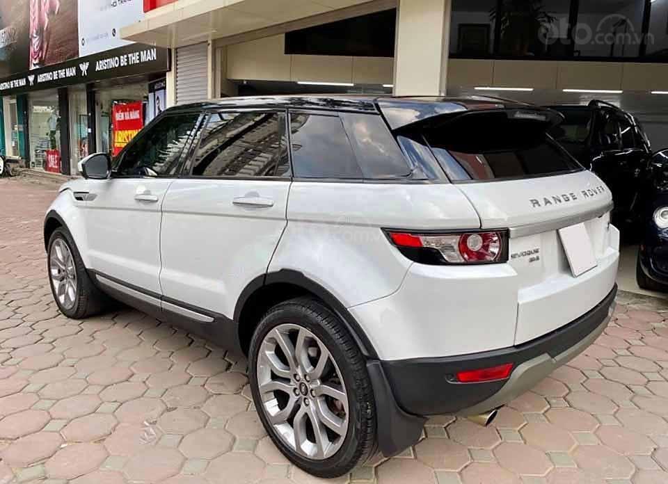 Cần bán lại xe LandRover Range Rover năm 2014, màu trắng, nhập khẩu còn mới (3)
