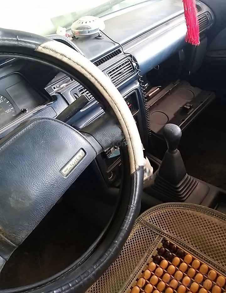 Cần bán xe Toyota Camry 2.0 MT sản xuất 1990, màu trắng, xe nhập  (3)