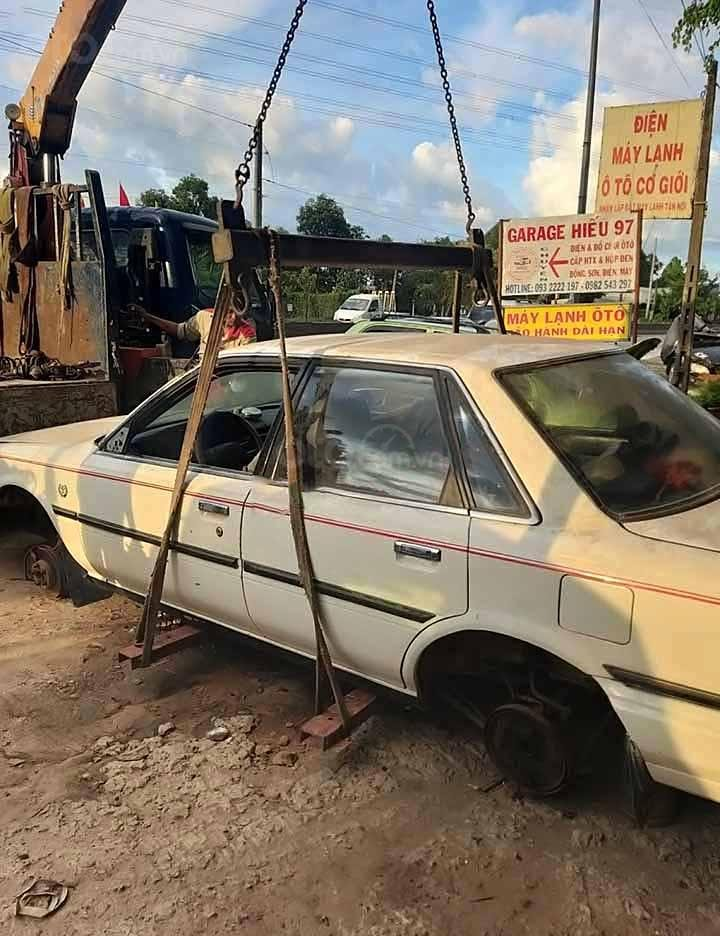 Cần bán xe Toyota Camry 2.0 MT sản xuất 1990, màu trắng, xe nhập  (1)