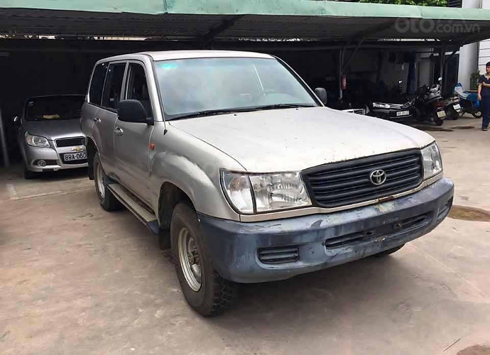 Cần bán lại xe Toyota Land Cruiser đời 2000, màu xám, nhập khẩu   (1)