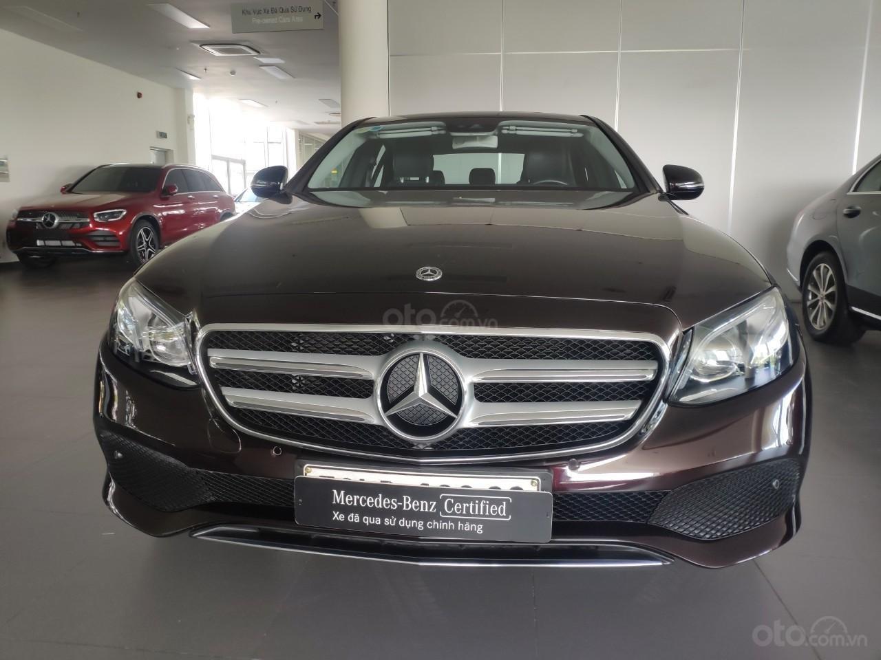 Bán xe Mercedes E250 giá cực tốt (1)