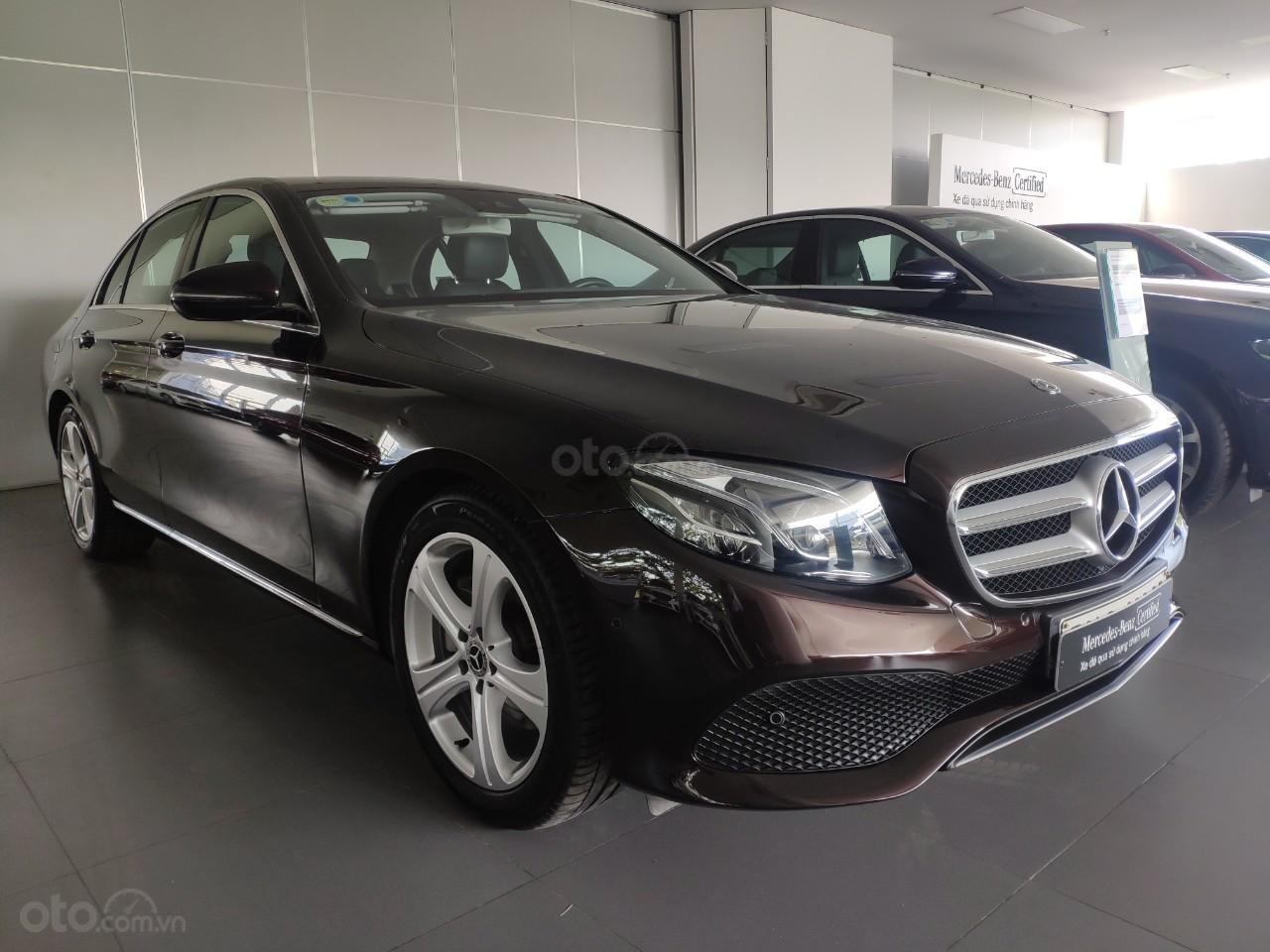 Bán xe Mercedes E250 giá cực tốt (2)
