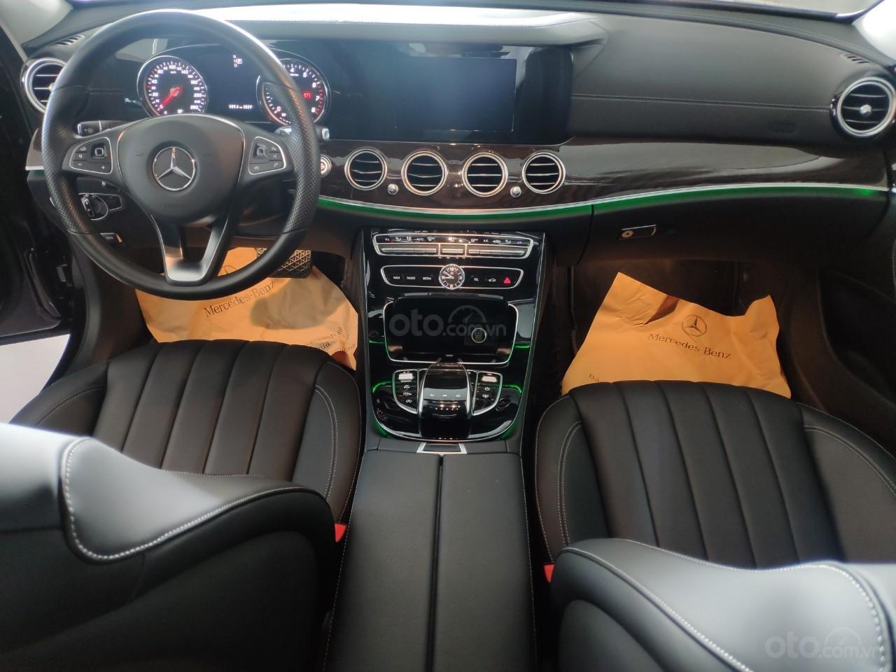 Bán xe Mercedes E250 giá cực tốt (6)