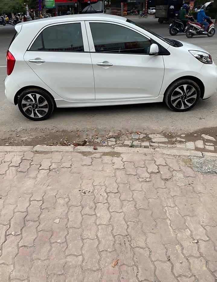 Bán ô tô Kia Morning năm sản xuất 2018, màu trắng còn mới   (1)