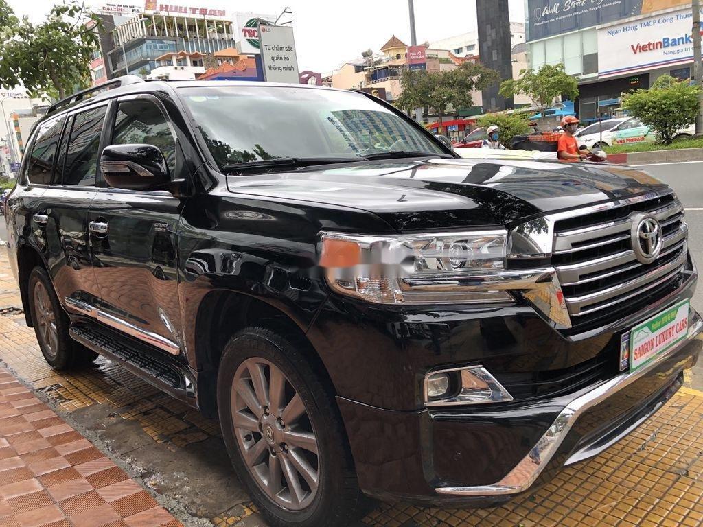Bán Toyota Land Cruiser đời 2018, màu đen, siêu hiếm, cực chất (6)