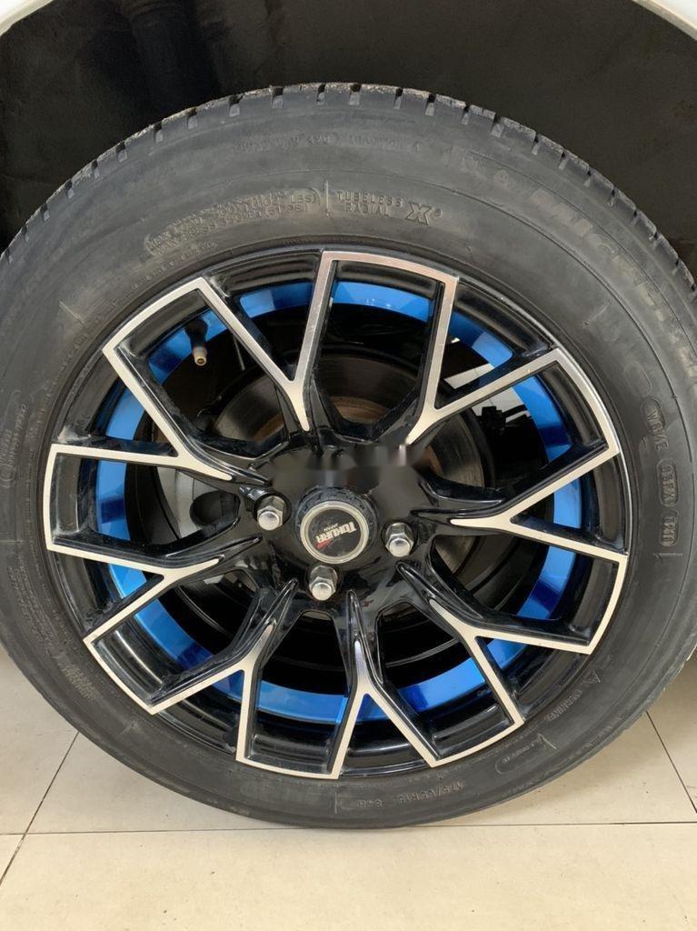 Bán Honda City năm sản xuất 2013, màu bạc số sàn (9)