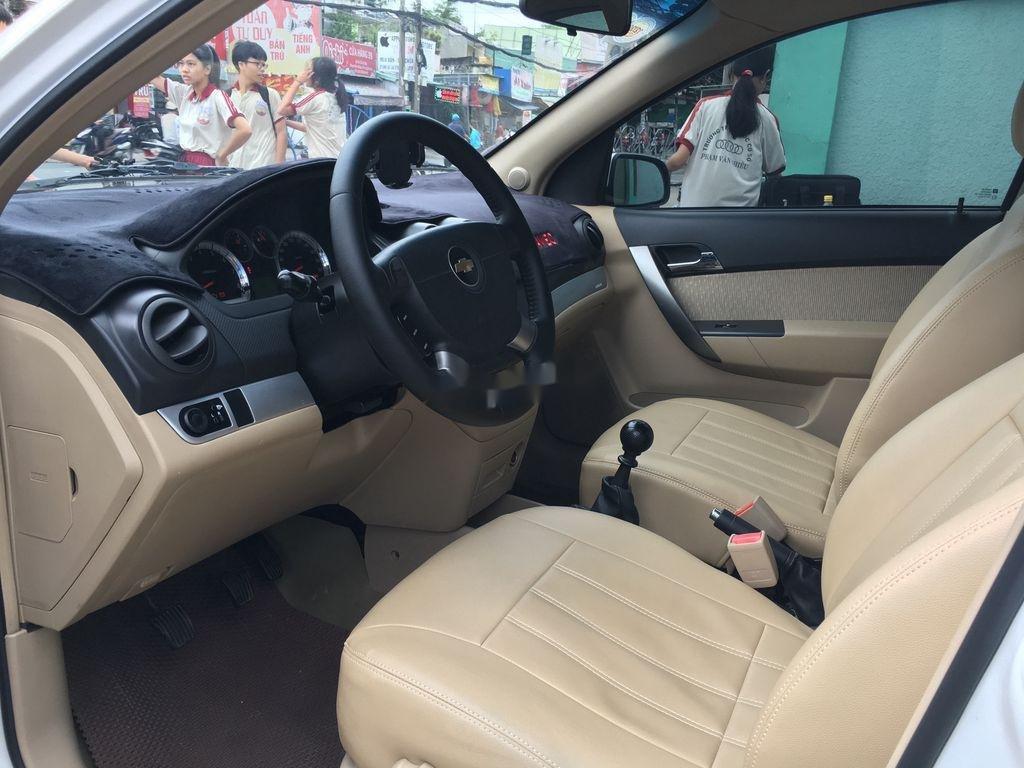 Cần bán lại xe Chevrolet Aveo năm 2018 còn mới (9)