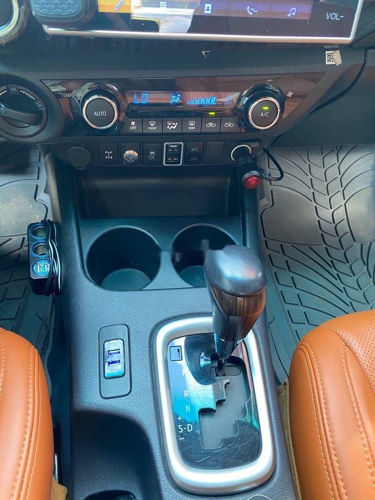 Bán Toyota Hilux 3.0G năm sản xuất 2016, màu đỏ, xe nhập   (11)