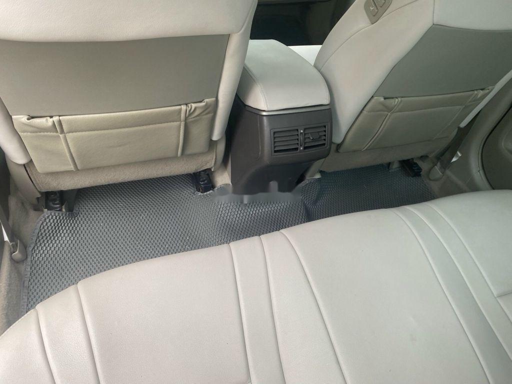 Bán Toyota Camry đời 2011, màu đen số tự động (4)