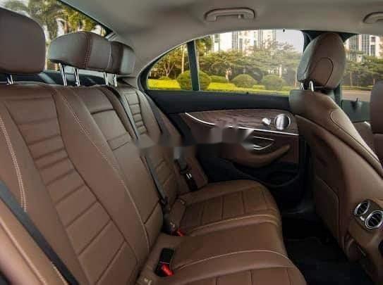 Bán xe Mercedes E200 Exclusive sản xuất 2020, màu trắng, mới hoàn toàn (8)
