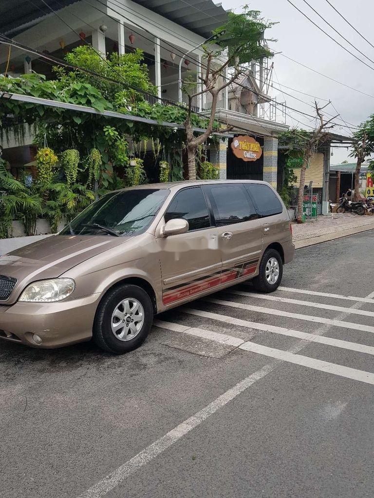 Xe Kia Carnival sản xuất năm 2009, nhập khẩu nguyên chiếc còn mới (1)