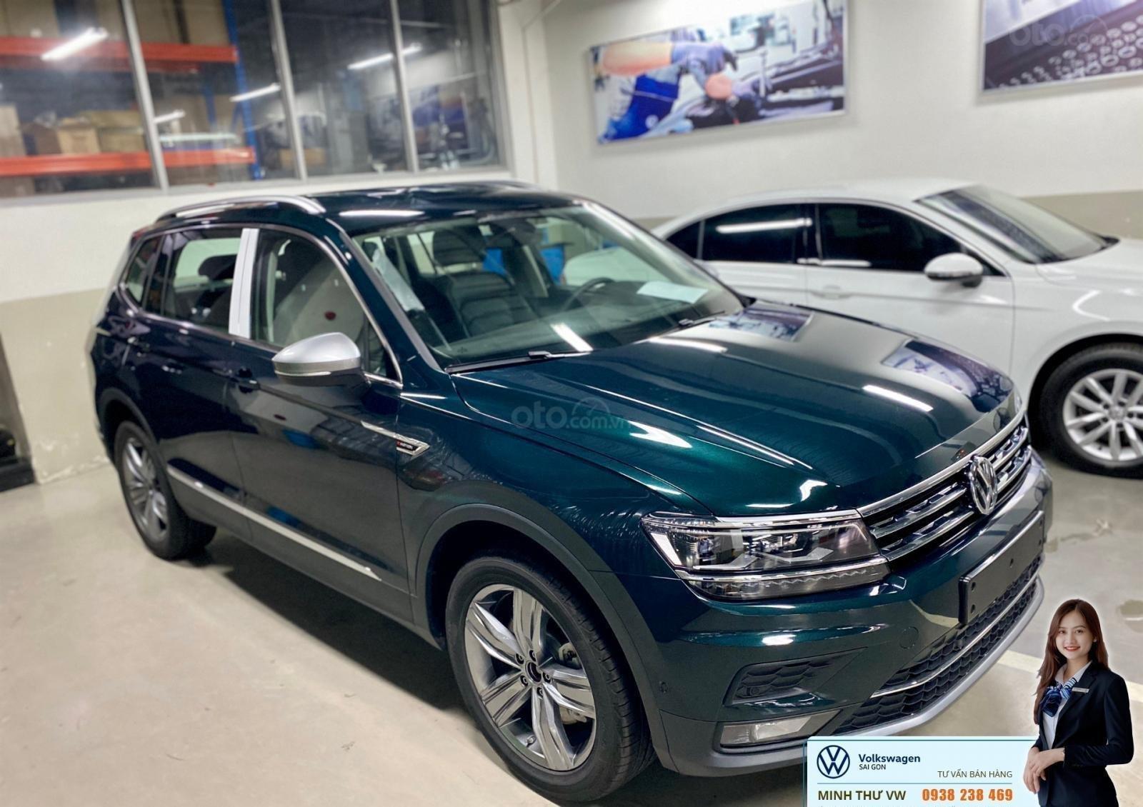 Xe Tiguan Luxury xanh rêu - khuyến mãi giá tốt - SUV 7 chỗ nhập khẩu (1)
