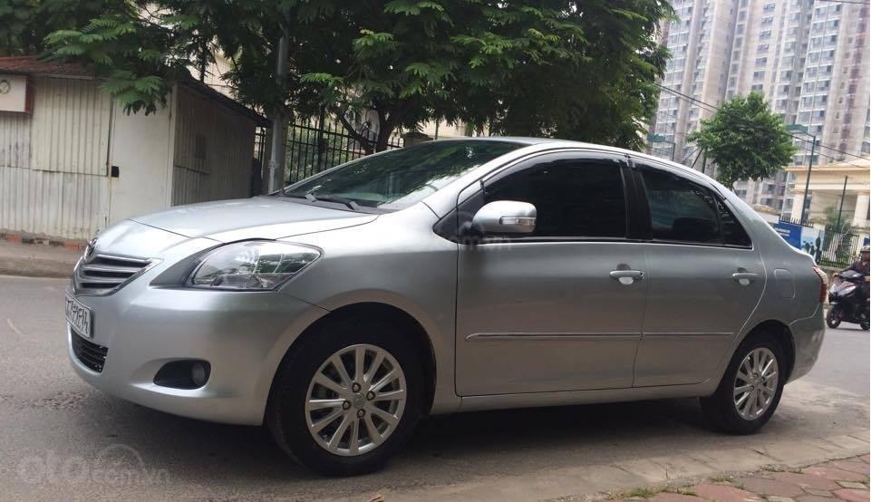 Cô Xuân cần bán Vios 1.5E 2013 màu bạc, biển Hà Nội (2)