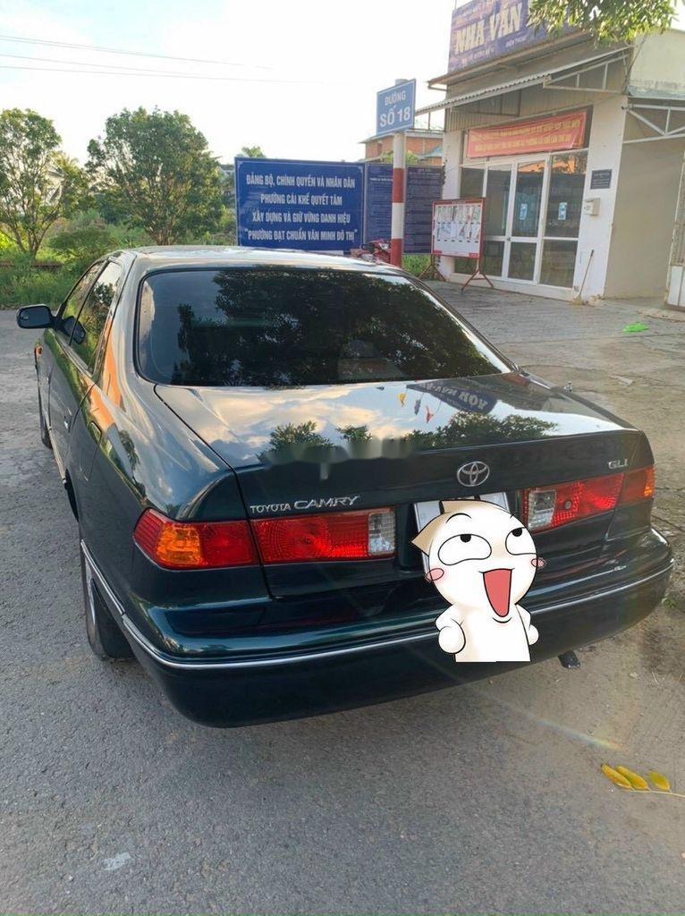 Bán ô tô Toyota Camry sản xuất 2001, giá cạnh tranh (1)