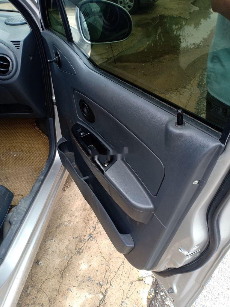 Cần bán xe Chevrolet Spark Van năm 2009, màu bạc, 75tr (4)
