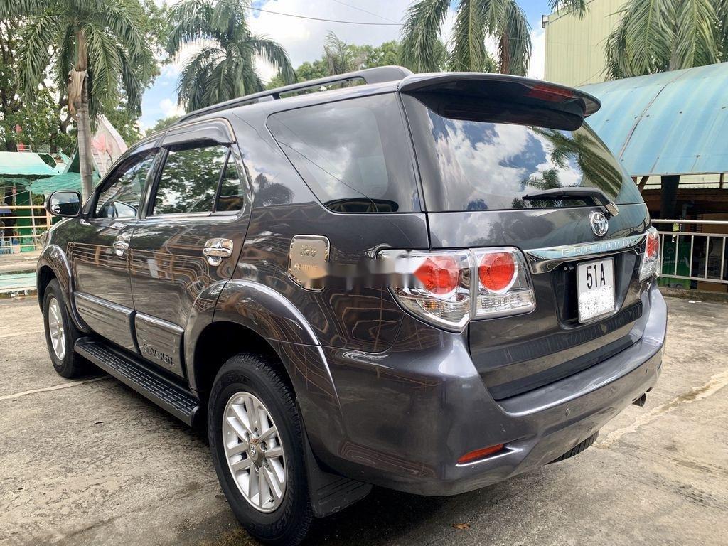 Cần bán xe Toyota Fortuner đời 2013, giá chỉ 605tr (1)
