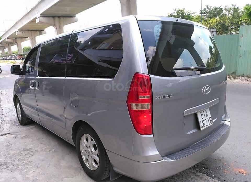 Cần bán gấp Hyundai Grand Starex 2.5 MT năm 2012, màu xám, xe nhập còn mới, giá 330tr (5)