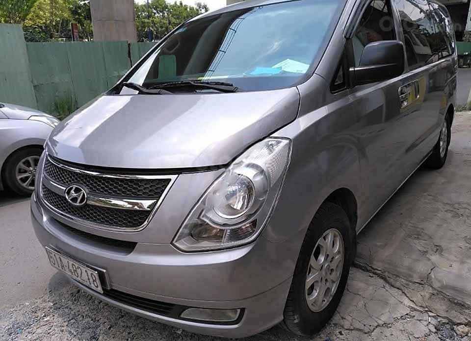 Cần bán gấp Hyundai Grand Starex 2.5 MT năm 2012, màu xám, xe nhập còn mới, giá 330tr (1)
