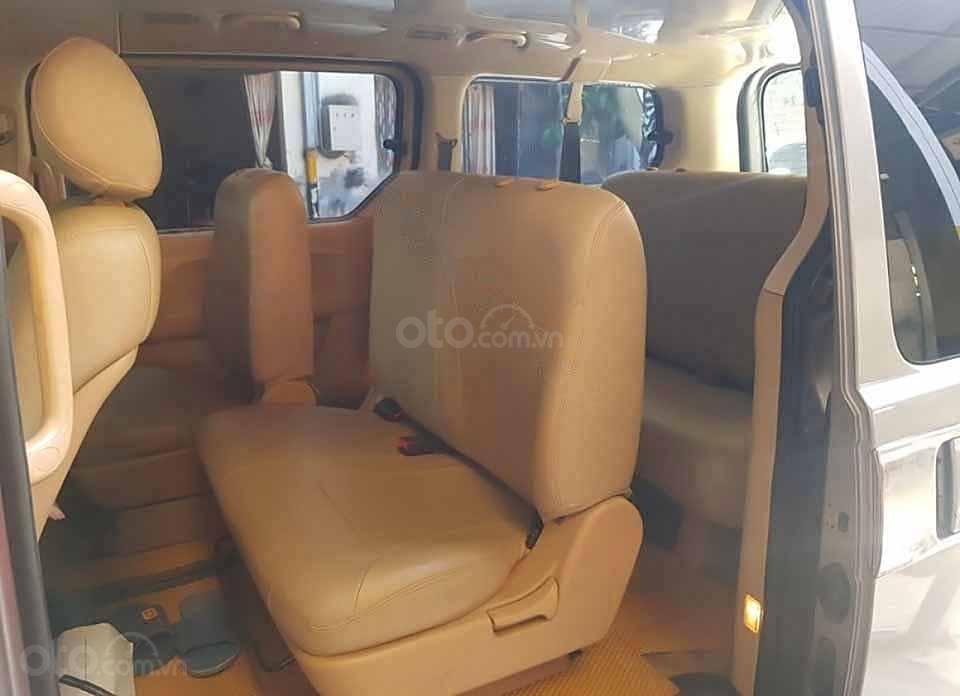 Cần bán gấp Hyundai Grand Starex 2.5 MT năm 2012, màu xám, xe nhập còn mới, giá 330tr (4)