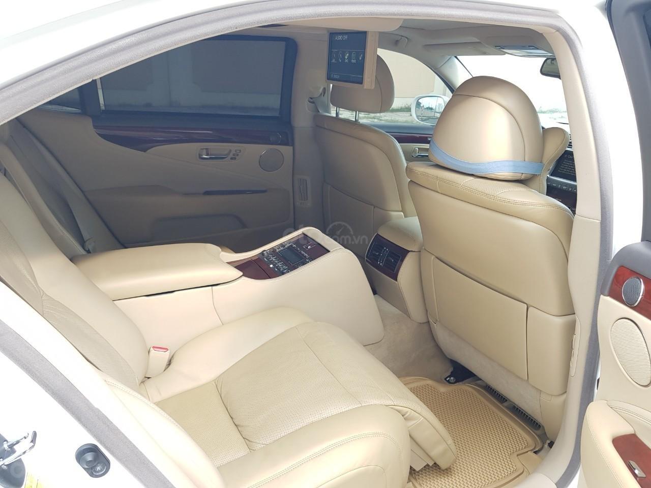 Bán xe Lexus LS 460L đời 2007, xe biển SG đẹp, màu trắng (11)