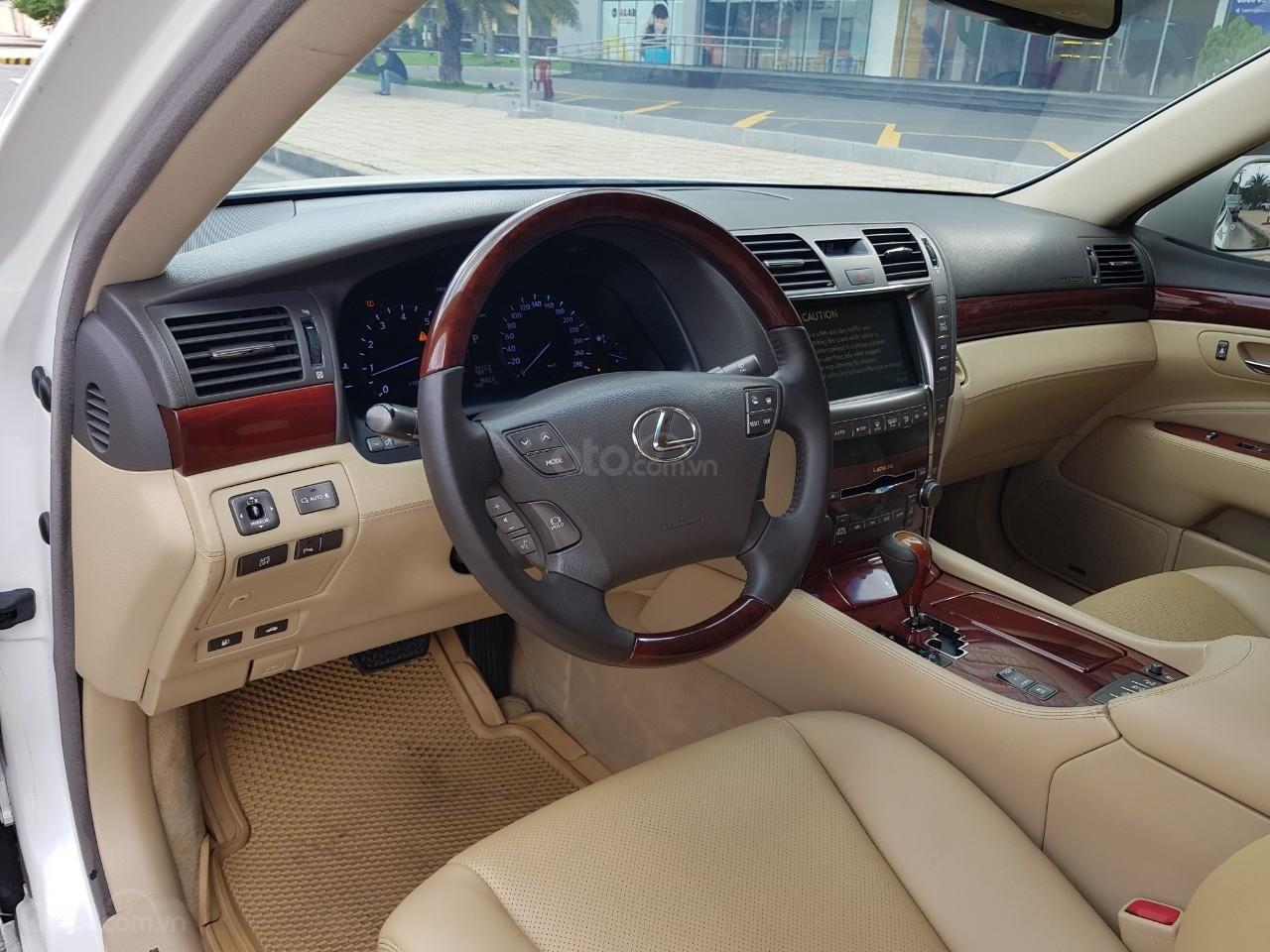 Bán xe Lexus LS 460L đời 2007, xe biển SG đẹp, màu trắng (7)