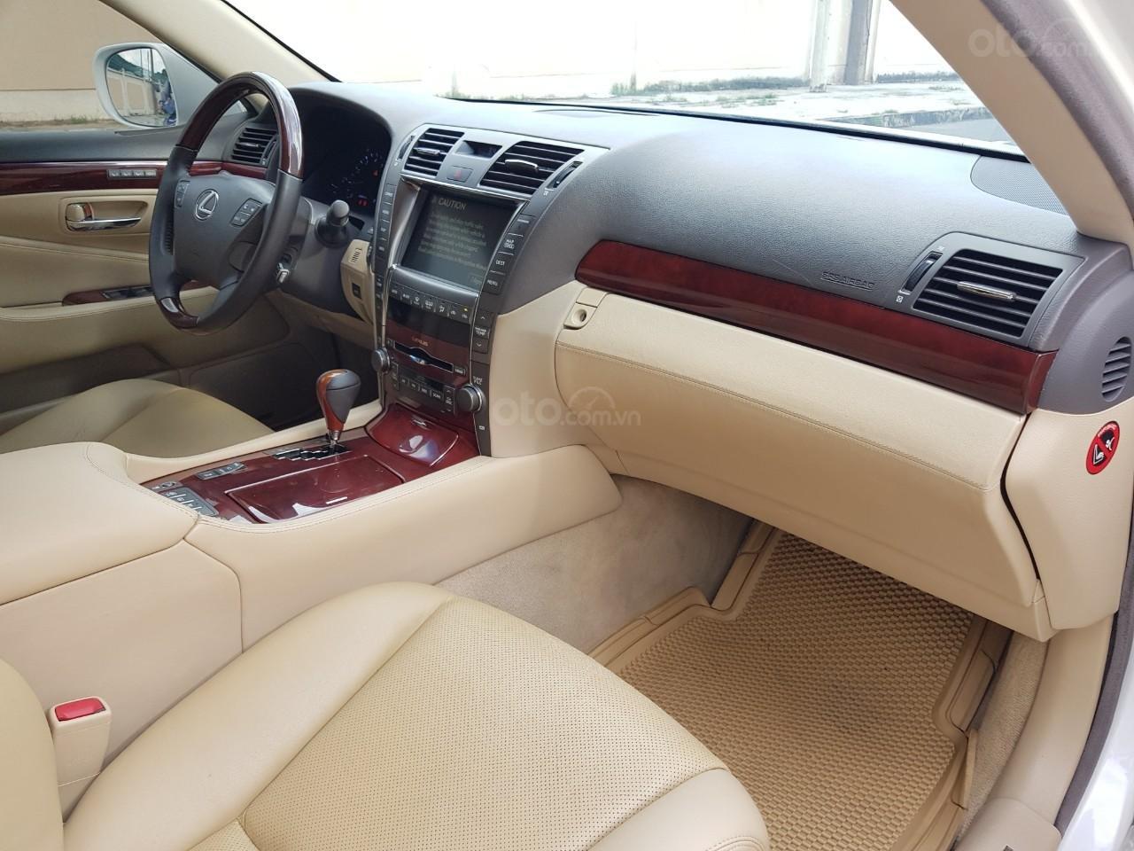 Bán xe Lexus LS 460L đời 2007, xe biển SG đẹp, màu trắng (9)
