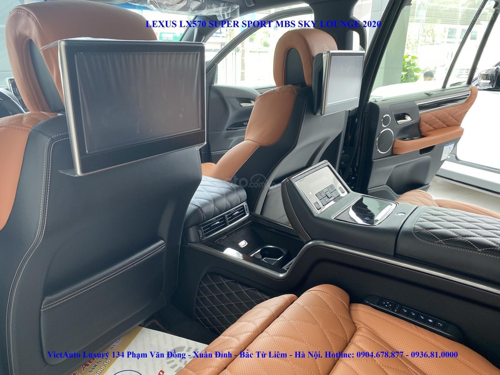 Bán Lexus LX570 Super Sport MBS bản 04 chỗ ngồi, sản xuất 2020 (11)