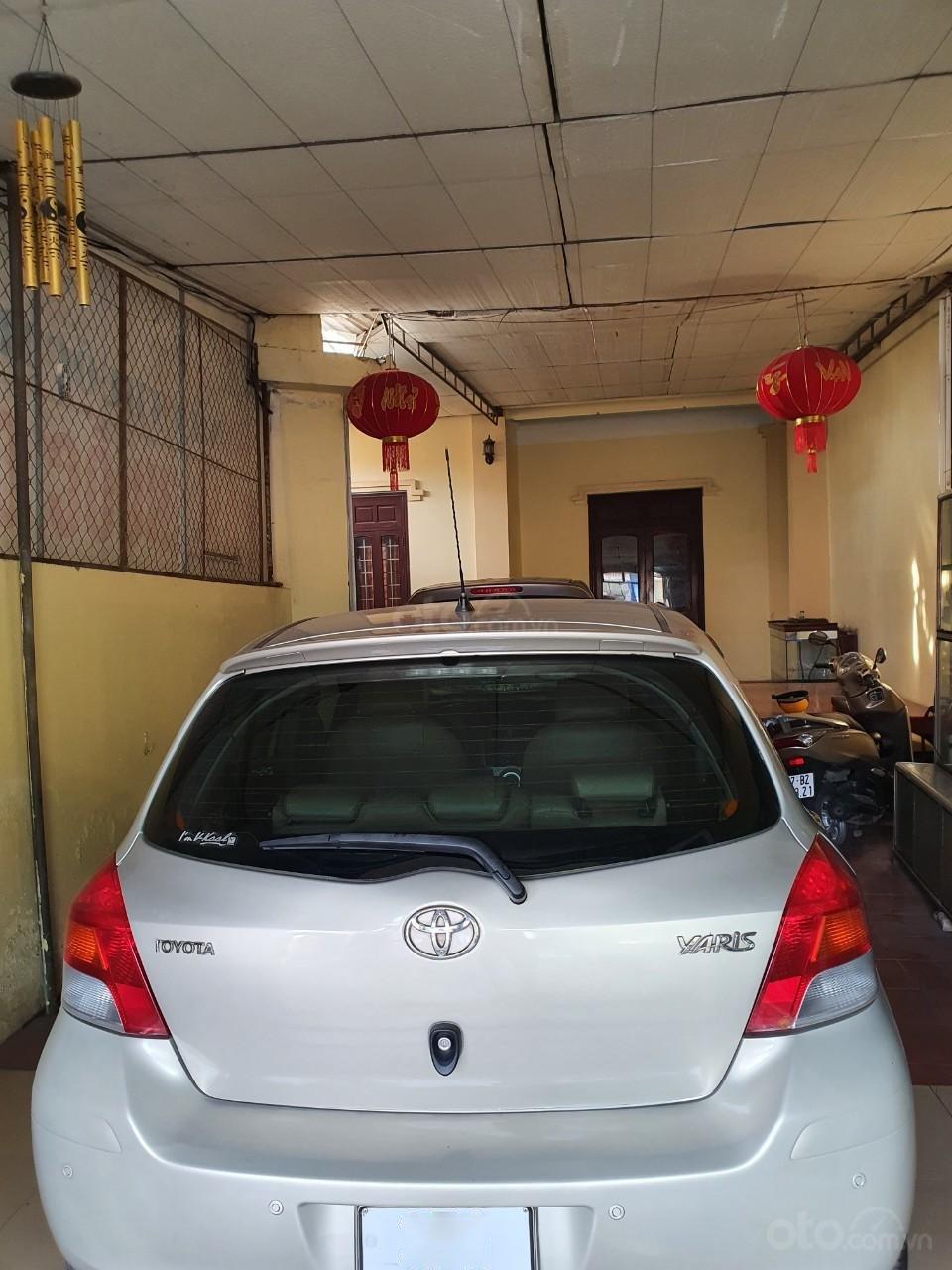 Cần bán Toyota Yaris sản xuất 2010, giá 336tr (6)