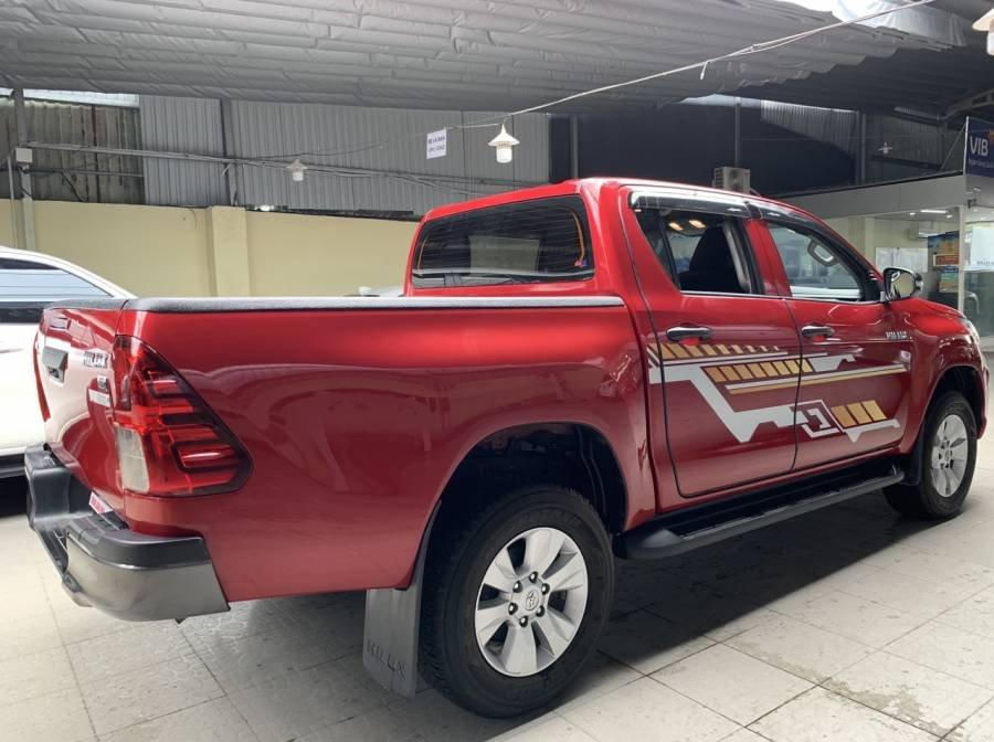 Bán Toyota Hilux 2019, màu đỏ, nhập khẩu, số tự động, giá tốt (3)