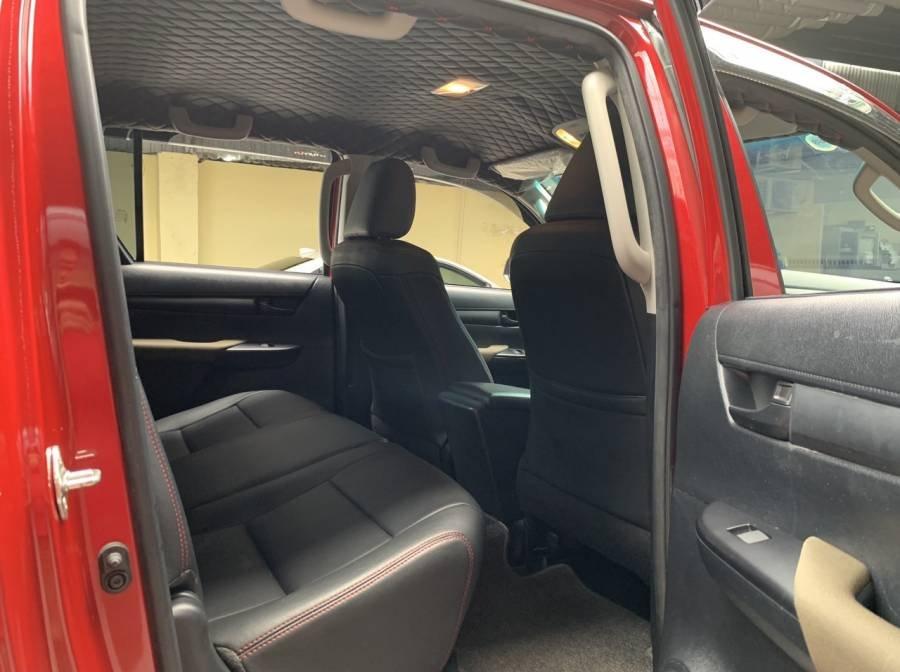 Bán Toyota Hilux 2019, màu đỏ, nhập khẩu, số tự động, giá tốt (5)
