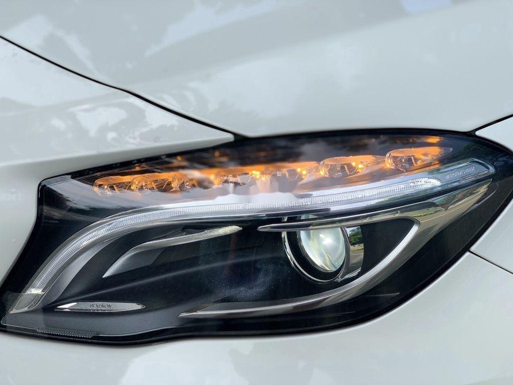 Cần bán gấp Mercedes GLA200 sản xuất năm 2015, màu trắng, xe nhập (3)