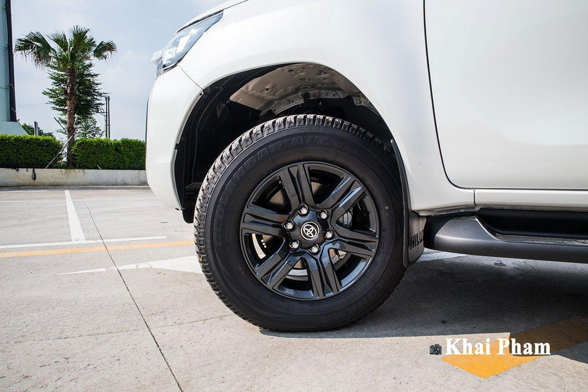 Ảnh La-zăng xe Toyota Hilux 2020