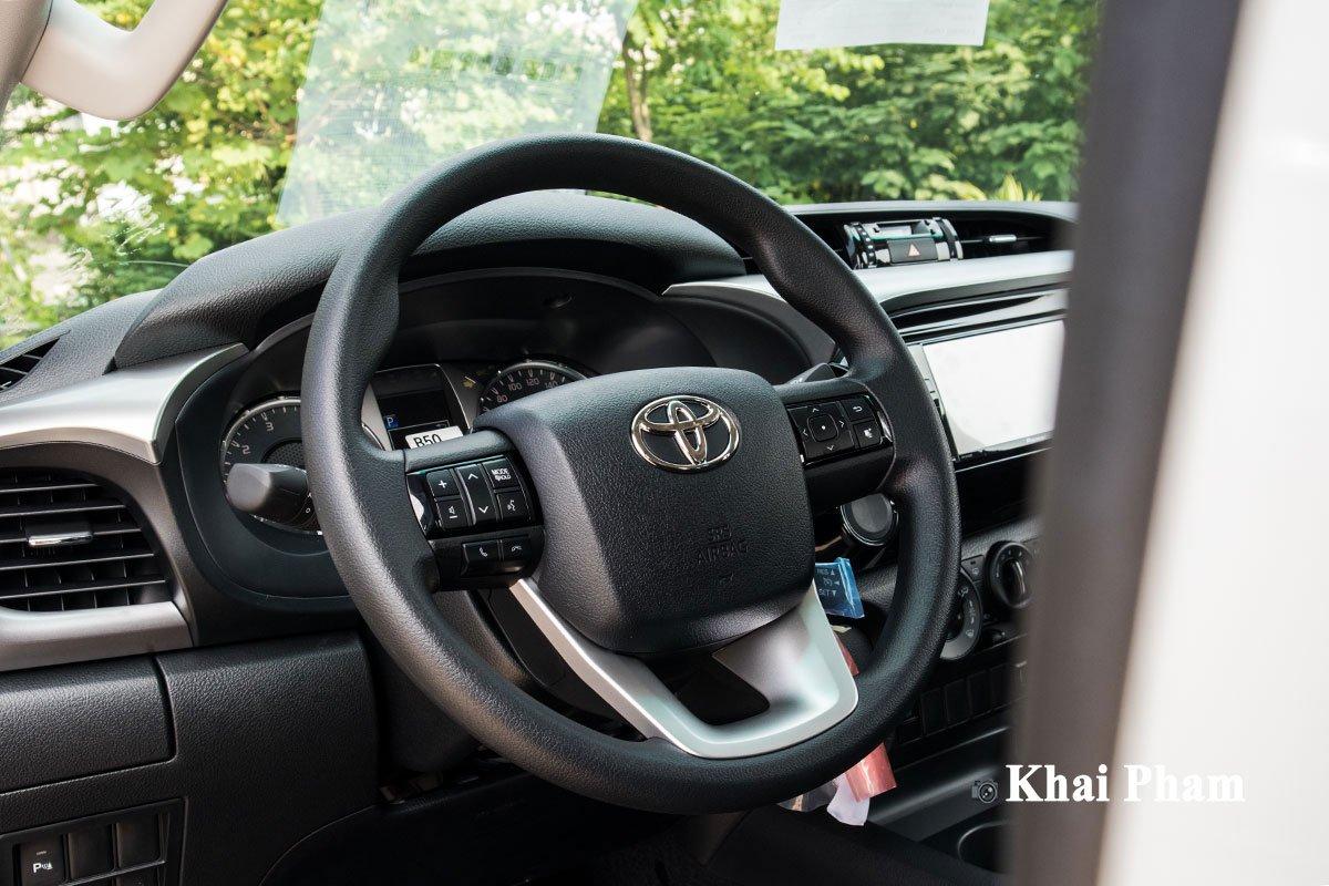 Ảnh Vô-lăng xe Toyota Hilux 2020