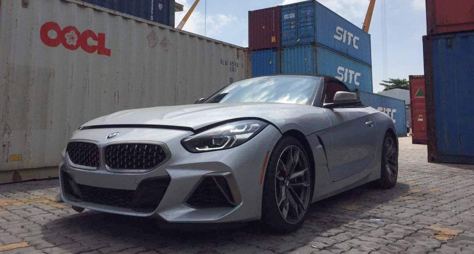 BMW Z4 2020 đầu tiên về nước, ấn tượng bởi động cơ mạnh mẽ