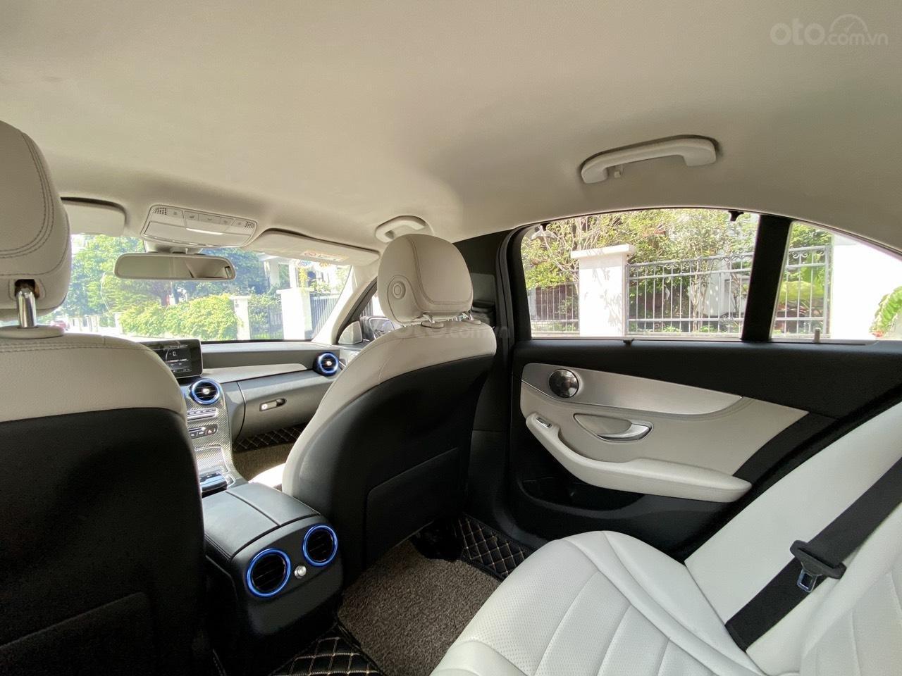 Mercedes C200 sx 2015, đk 2016, màu đen, nội thất kem (12)