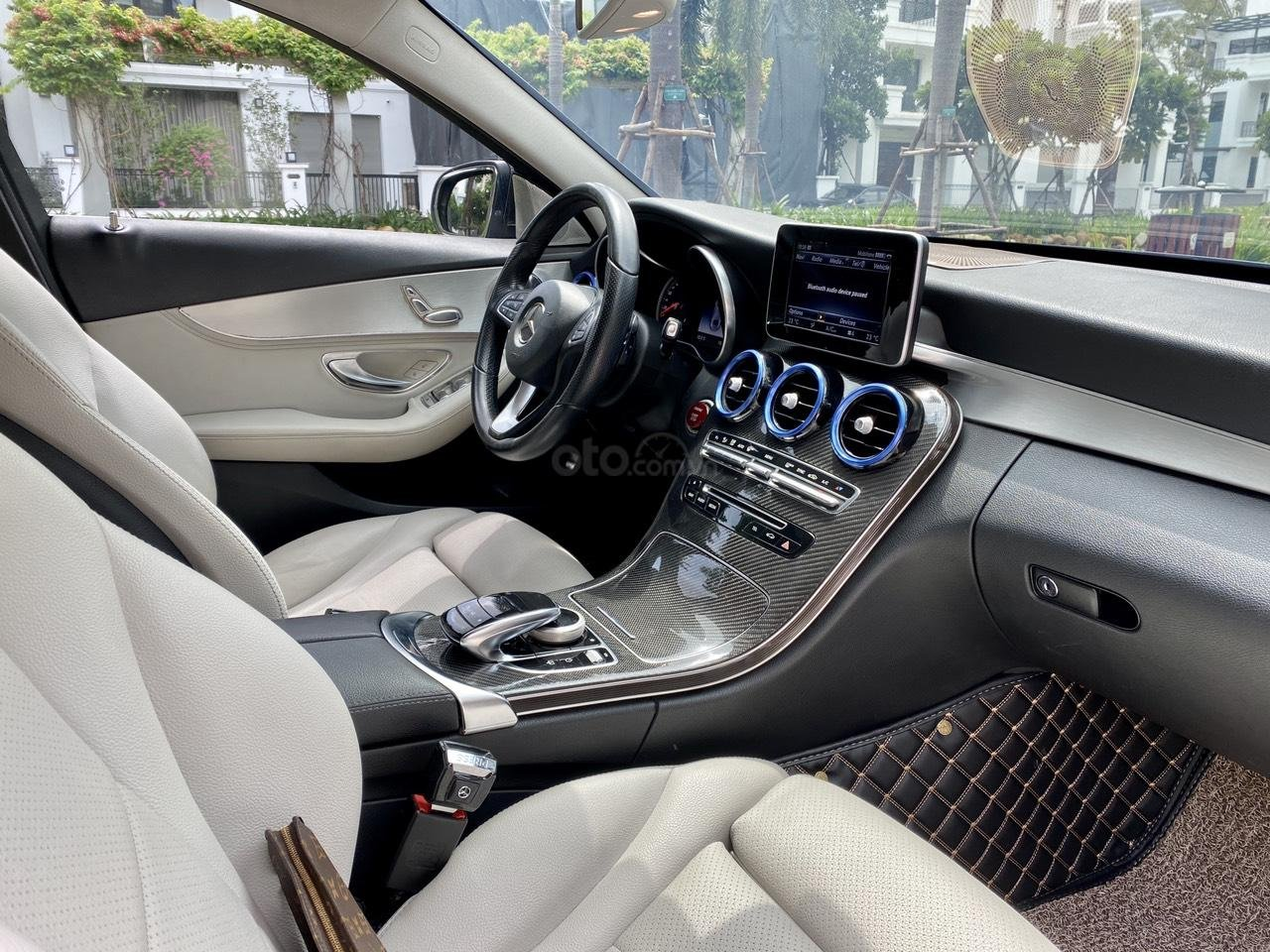 Mercedes C200 sx 2015, đk 2016, màu đen, nội thất kem (15)
