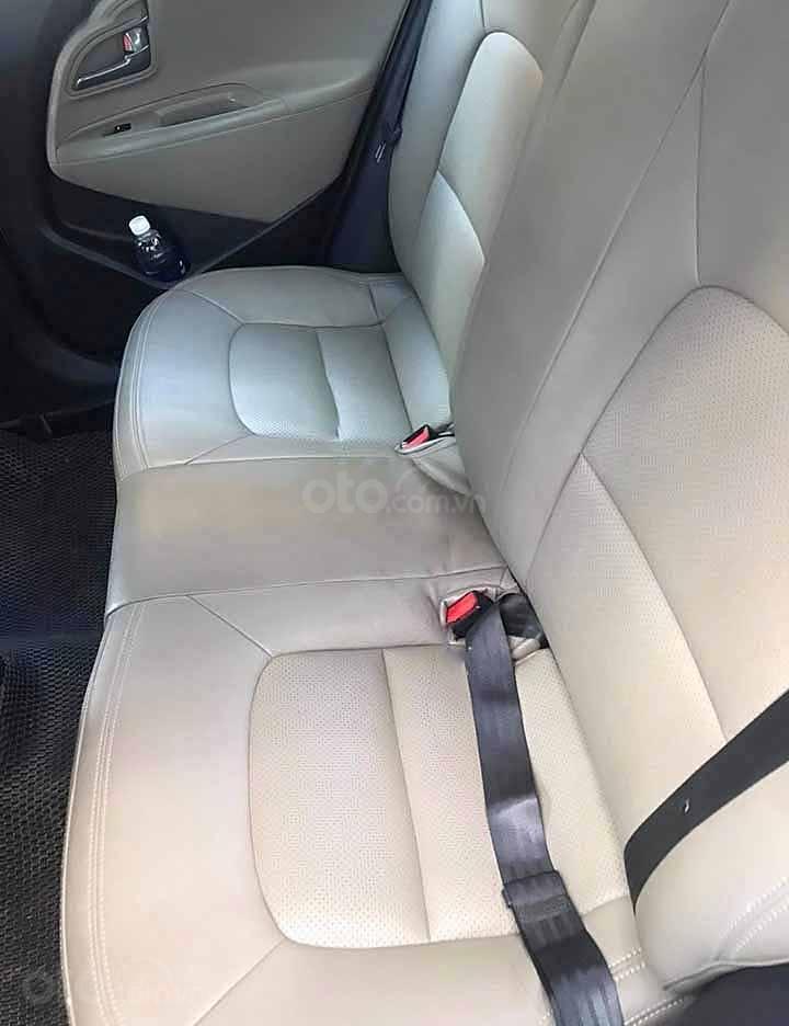 Bán lại xe Kia Rio 1.4 AT năm sản xuất 2016, màu trắng, nhập khẩu   (2)