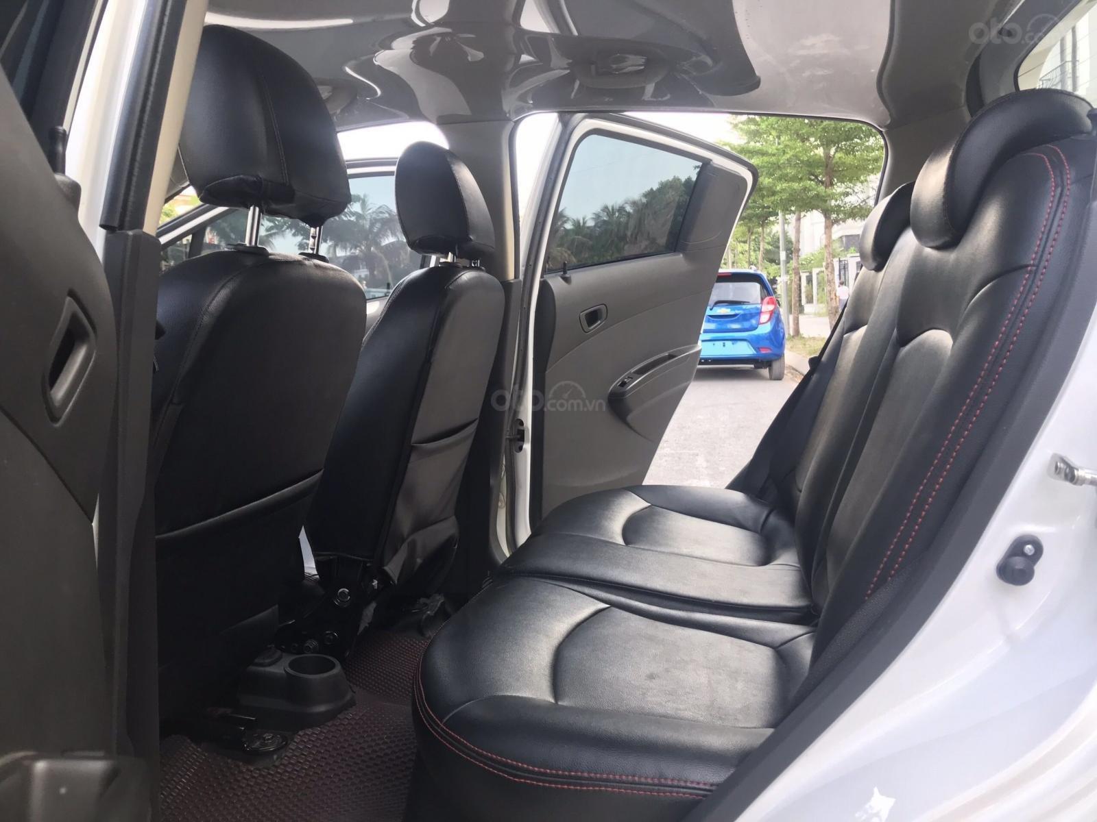 Cần bán gấp Chevrolet Spark đời 2018, màu trắng, rất mới, đi chuẩn 26.000 km (12)
