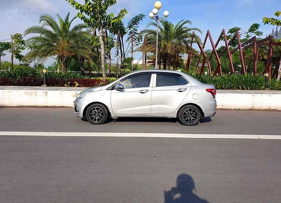 Bán Hyundai Grand i10 năm 2015, màu bạc, nhập khẩu   (3)