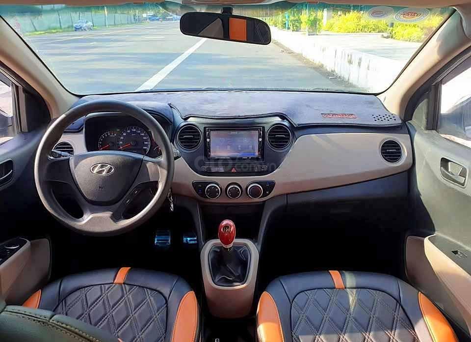 Bán Hyundai Grand i10 năm 2015, màu bạc, nhập khẩu   (5)